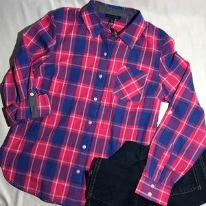 Tommy Hilfiger Plaid ButtonDown Size Small